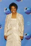 Gladys Knight wearing Damainou